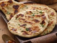 平底鍋作奶油印度烤餅