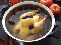 蘋果紅棗養顏雞湯
