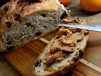免揉麵包-酒香果乾麵包