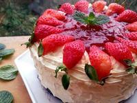 豪華版草莓鮮奶油蛋糕