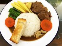 冷天來碗暖透人心的日式牛舌湯咖哩