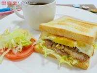 【樂客來】早午餐之~里肌豬肉蛋吐司