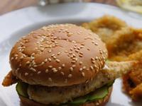 VIVI 嫩煎香草雞柳條漢堡-蜂蜜芥末醬