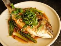 甜酸紅燒鱸魚