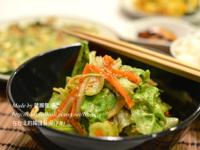 韓國烤五花肉餐廳的涼拌萵苣,상추무침