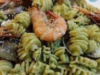 青醬鮮蝦蛤蜊義大利麵