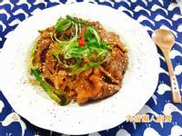 日式辣蔥豚肉丼