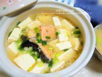 酒粕鮭魚豆腐味噌湯【分饗熟成海鮮】