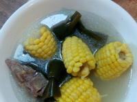 鈣多多玉米海帶排骨湯