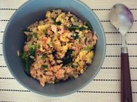 10分鐘低卡鮭魚菠菜拌飯