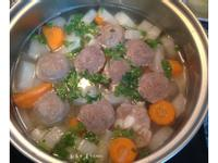家常蘿蔔排骨貢丸湯