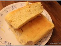 自製簡易輕乳酪蛋糕(無粉)