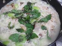 絲瓜蛤蜊細麵