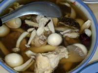 藥膳菇菇雞湯(悶燒鍋)