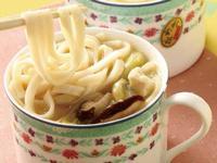 杯子料理:辣豆腐味增拉麵