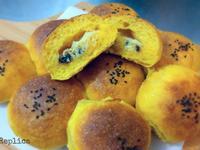 南瓜椰子奶酥餐包-- 偷吃步椰子奶酥餡
