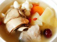 【厚生廚房】水梨清燉雞湯