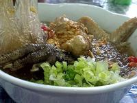黑菜脯冬粉雞湯