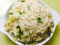家庭薑母鴨(免魯包)蔥蒜麵線,清甜好滋味