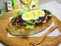 雞蓉紫米粥佐大蒜麵包
