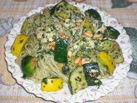 青醬鷄肉櫛瓜義大利麵
