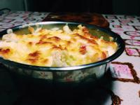 豆腐白醬鮮蝦焗烤馬鈴薯