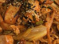 春川辣炒雞排泡麵