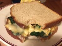 【5分鐘早餐】🍞🧀起司菠菜蛋三文治