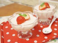 「草莓牛奶布丁」屬於春天的粉紅氣息 ♥