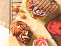 【加拿大美食】碳烤蒜辣萊姆蜂蜜雞肉三明治