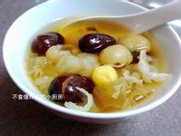 病後調理-桂圓紅棗燉雪蛤