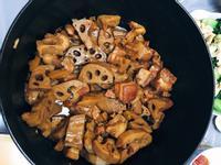 南乳蓮藕炆腩肉