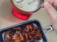 韓式辣炒小章魚配芝士火鍋