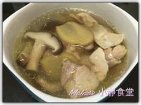極鮮!媲美餐廳的「鮮菇雞湯」(無鹽無油)