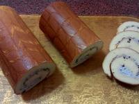 綿密細緻~拉花紅豆鮮奶油瑞士卷