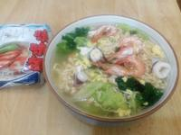 簡便美味海鮮湯麵 《記憶中的味味麵》