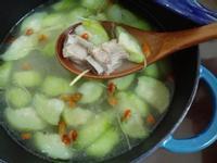 絲瓜排骨湯(鑄鐵鍋版)