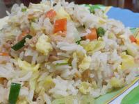 鮪魚蛋炒飯(少油版)