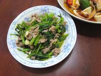 空心菜炒梅花豬肉