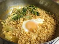 韓式辣醬乾泡麵_記憶中的味味麵