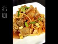 韓式泡菜豆芽炒肉片