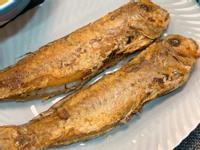 香煎馬頭魚-內含不沾鍋的辦法(家常料理)