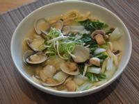 蛤蜊雞湯麵