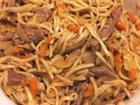 沙茶蠔油豬肉炒麵
