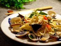 15分鐘快速料理-塔香蛤蜊炒麵
