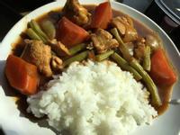 蔬菜咖喱雞腿飯