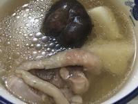 電鍋上菜🎹菓媽咪🎹竹筍香菇雞湯