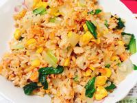鮭魚玉米蛋炒飯