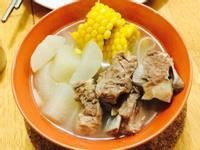 玉米排骨湯🌽🌽🌽