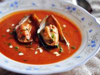 濃郁卻清爽鮮美的番茄淡菜奶油濃湯
